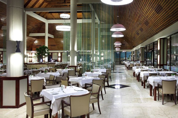Restaurants & Bars - Grand Palladium Bávaro Suites Resort & Spa - All Inclusive - Punta Cana